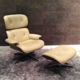 Fauteuil et Pouf Charles Eames Années 1970 pour Vitra