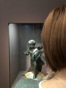 statuetta in bronzo Cupido